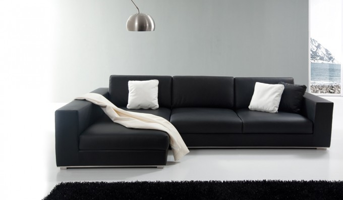 Onyx Leather Corner Sofa