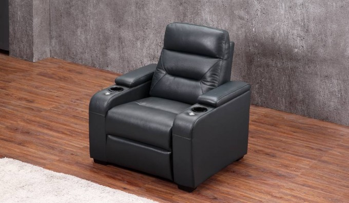Universal Ultimate Armchair - Airforce Blue