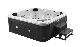 Cascata 6 Seater Hot Tub