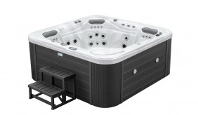 Gulfstream Deluxe 5 Seater Hot Tub